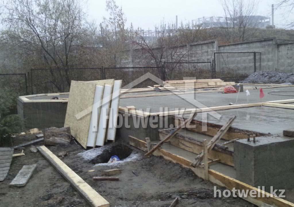 заливаем фундамент для дома из сип панелей