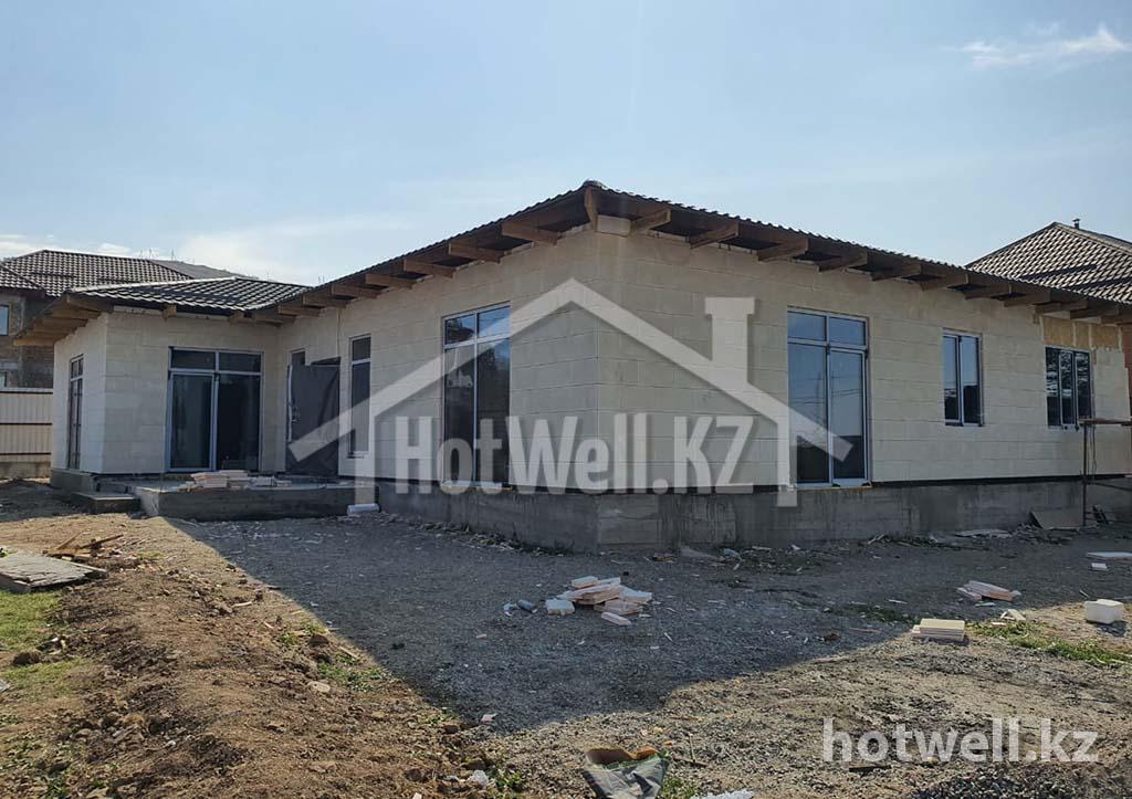 Построить дом из СИП панелей в Алматы. Построенные дома из СИП.